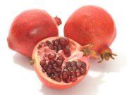 Bí quyết để có sắc môi thêm hồng với trái lựu.