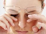 Những thói quen gây hại cho làn da khiến nhan sắc lão hóa nhanh chóng.